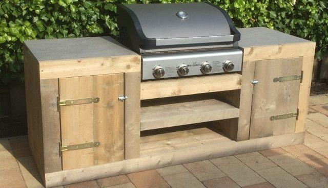 eenvoudige buitenkeuken maken van steigerhout