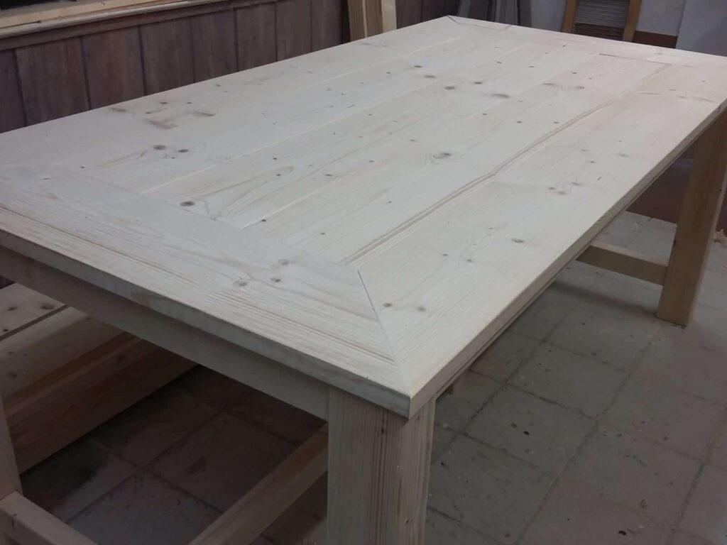 tafel van steigerhout zelf gemaakt - bouwtekeningen-hout.nl